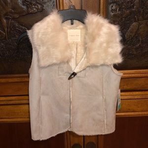 Copper key girls vest